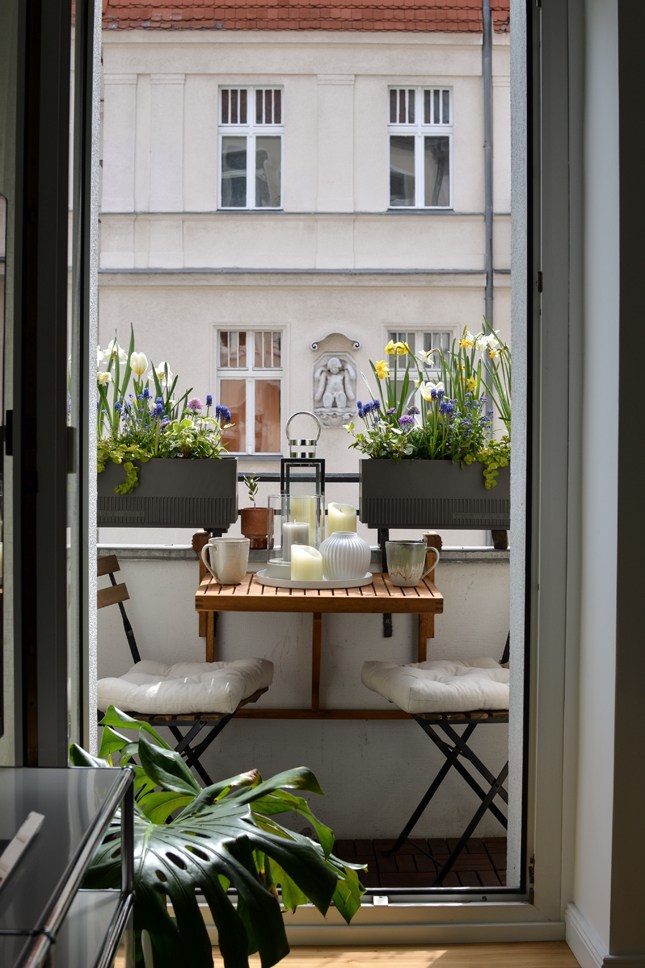 balcony, balcony styling, spring makeover, Amazon, tiny balcony